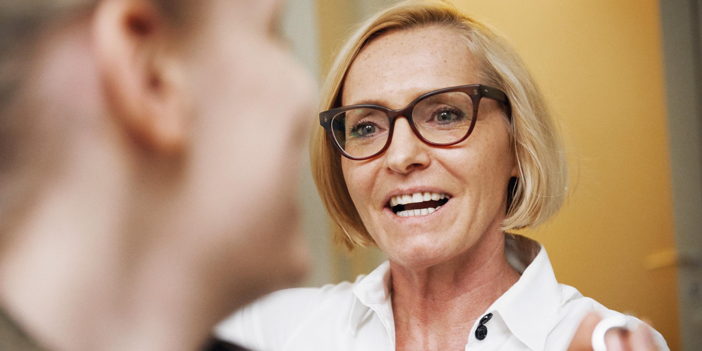Frau Dr. Brigitte Krug - Fachärztin für Hals-Nasen-Ohrenheilkunde, Allergologie, Naturheilverfahren mit Weiterbildung als Neurootologin, Audiologin (BV-HNO)